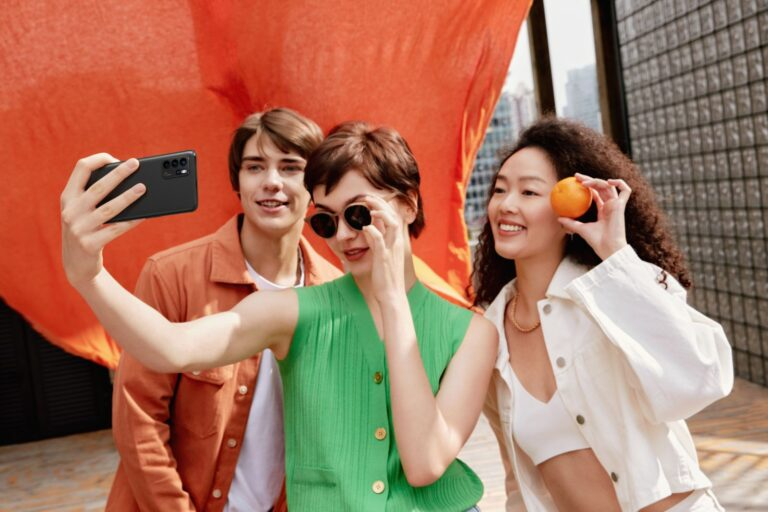 OPPO Smartphone gives you the most relaxing user experience